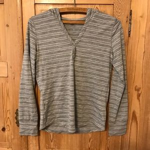 Icebreaker merino hooded long sleeve henley stripe